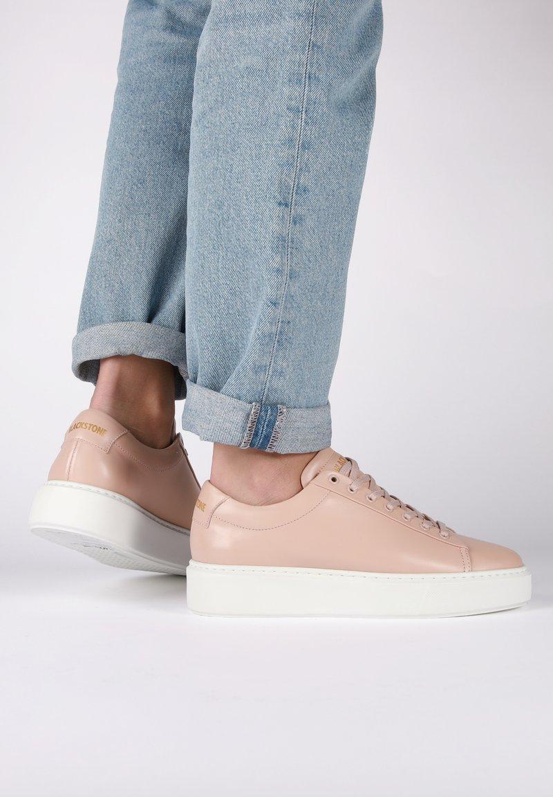 Blackstone - Sneakers - pink