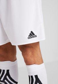 adidas Performance - PARMA PRIMEGREEN FOOTBALL 1/4 SHORTS - Sportovní kraťasy - white/black - 5