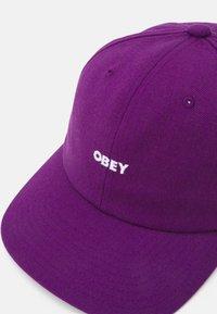 Obey Clothing - SERGE PANEL STRAPBACK UNISEX - Lippalakki - purple magic - 3