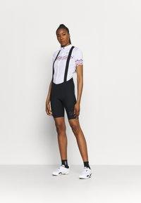 Gore Wear - LONG DISTANCE SHORTS WOMENS - Tights - black - 1