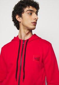 HUGO - DAPLE - Zip-up sweatshirt - open pink - 3