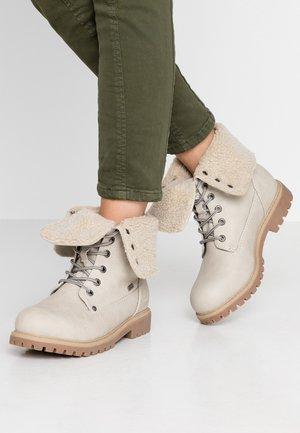 Winter boots - ice