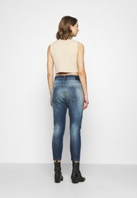 Diesel - FAYZA - Relaxed fit jeans - indigo - 2