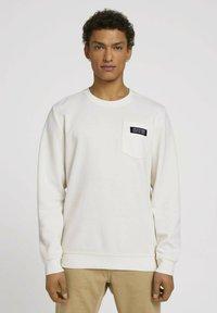 TOM TAILOR DENIM - Sweatshirt - soft light beige - 0