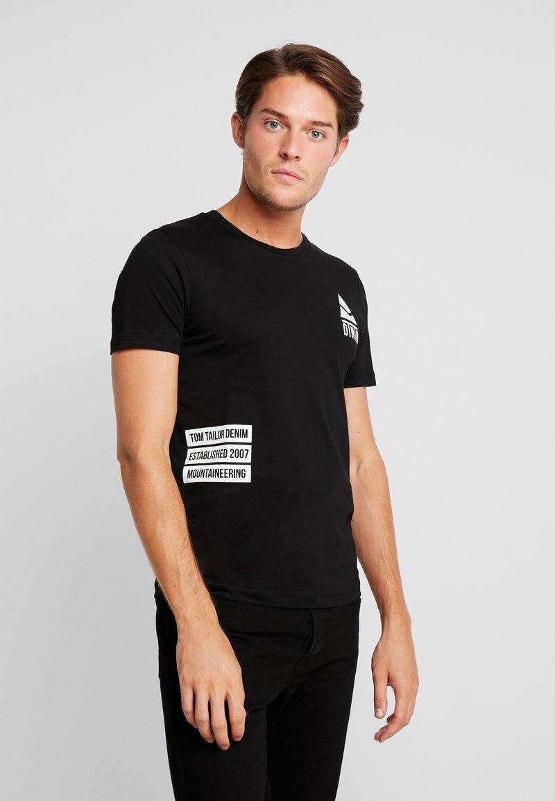 TOM TAILOR DENIM - T-shirt med print - black