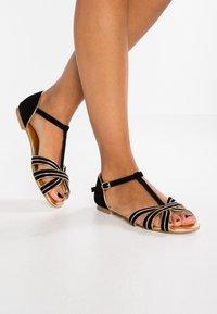 mint&berry - Sandals - black/gold - 0