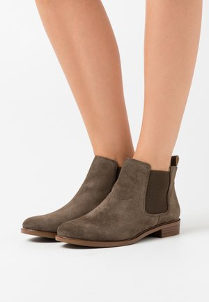 TAYLOR SHINE - Ankle boots - dark olive