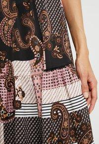 Noisy May Tall - NMSAHRA PAISLEY LONG DRESS - Maxikjoler - black/pink - 5