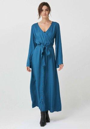 OURA BLOUSON - Maxi dress - blau