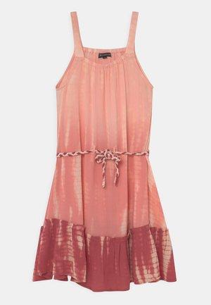 TEEN - Denní šaty - neon red