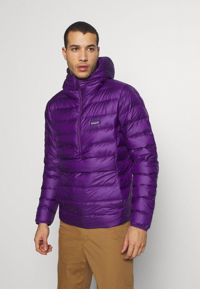 SWEATER HOODY - Bunda zprachového peří - purple