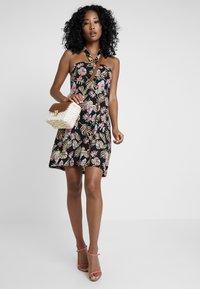 Even&Odd - Day dress - black/pink/blue - 2