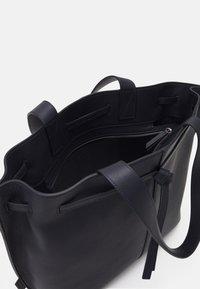 Marc O'Polo - GULIA - Shopping bags - dark night - 2