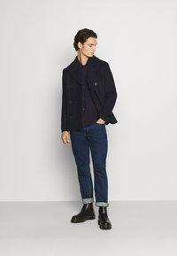 Isaac Dewhirst - PEA COAT - Lehká bunda - dark blue - 1