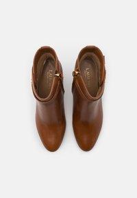 Lauren Ralph Lauren - ARIANNE - Classic ankle boots - deep saddle tan - 4