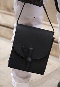 Violet Hamden - Across body bag - schwarz - 2