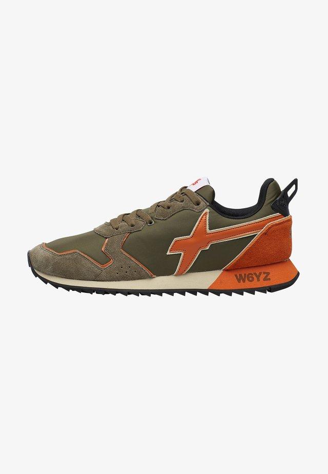 Sneakers basse - militärgrüne