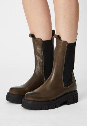 Platform boots - khaki