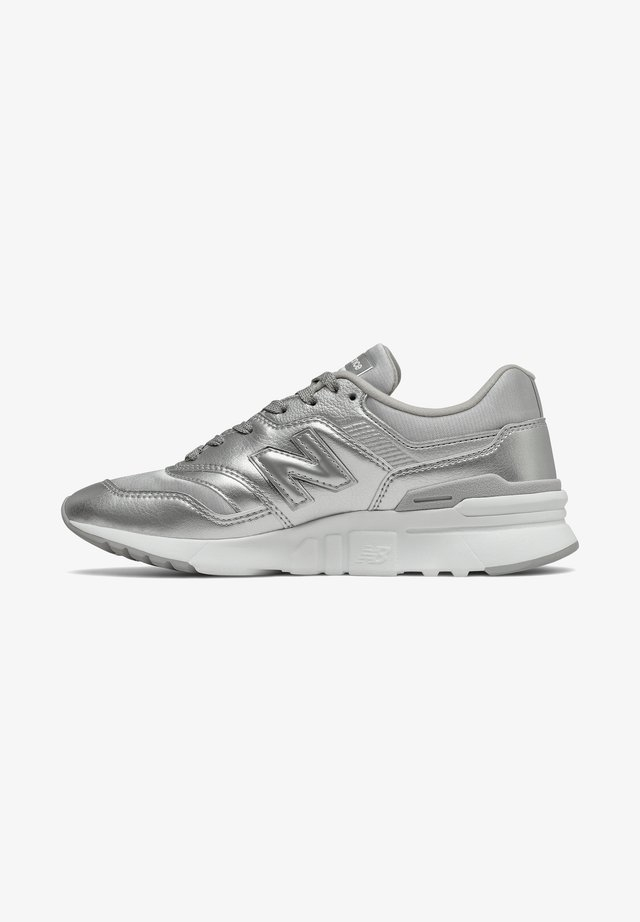 Baskets basses - silver/white