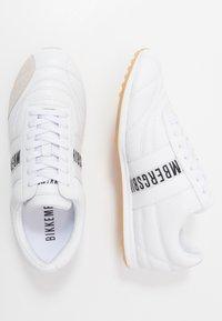 Bikkembergs - BARTHEL - Sneakersy niskie - white - 1