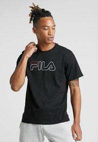 Fila - PAUL TEE - Print T-shirt - black - 0