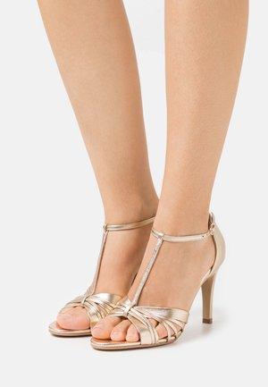 DUFINO - Sandals - metallise platine