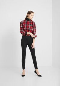Lauren Ralph Lauren - CLASSIC CREST - Camisa - red/black - 1
