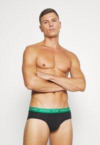 Calvin Klein Underwear - DAYS OF THE WEEK HIP BRIEF 7 PACK - Briefs - black - 4
