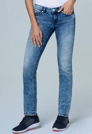 MIT BLEACHING-EFFEKTEN - Slim fit jeans - sun used