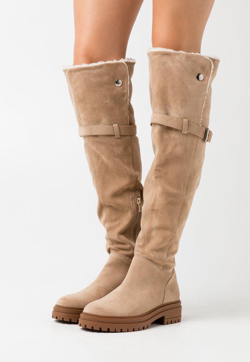 Anna Field - Høye støvler - taupe