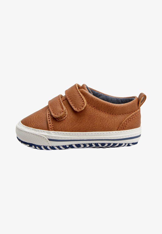 NAVY TWO STRAP PRAM SHOES  - Trainers - brown