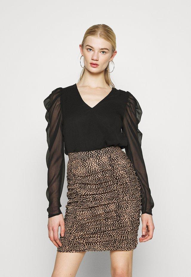 VIELLIAN - T-shirt à manches longues - black