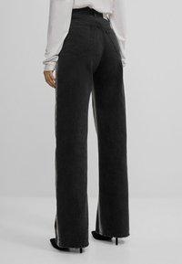 Bershka - Jeans bootcut - black - 2