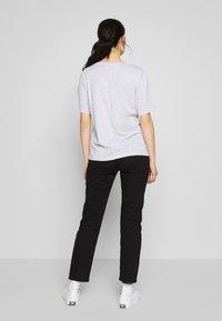 Weekday - LAST VNECK - T-shirts - grey melange - 2