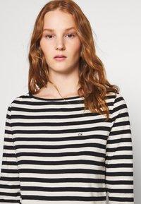 Calvin Klein - SMALL LOGO BOATNECK - Long sleeved top - black/white smoke - 4