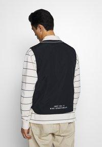 Nike Sportswear - VEST - Veste - black - 2
