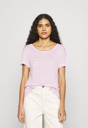 LUCIANNA - Print T-shirt - lavender/sugar/pink