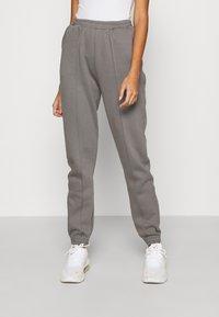 Nly by Nelly - ULTIMATE COZY JOGGERS - Teplákové kalhoty - gray - 0