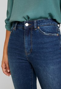 ONLY Petite - ONLEMILY - Jean droit - dark blue denim - 3