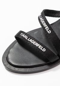 KARL LAGERFELD - SARABANDE FLAT STRAP  - Sandalias - black - 2