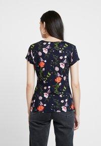 Ted Baker - JINENE - Print T-shirt - navy - 2