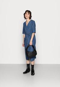 Thought - ESTHER TIE WAIST DRESS - Denimové šaty - chambray blue - 1