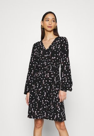VMWIPPA TIE DRESS - Robe d'été - black