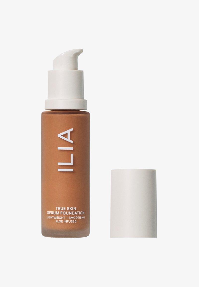 ILIA Beauty - TRUE SKIN SERUM FOUNDATION - Foundation - montserrat sf10