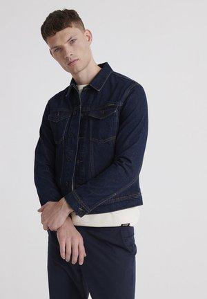 HIGHWAYMAN TRUCKER - Denim jacket - dallas broken blue
