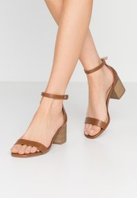 Call it Spring - Sandalias - cognac - 0