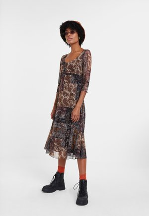 KERALA - Vestido informal - brown
