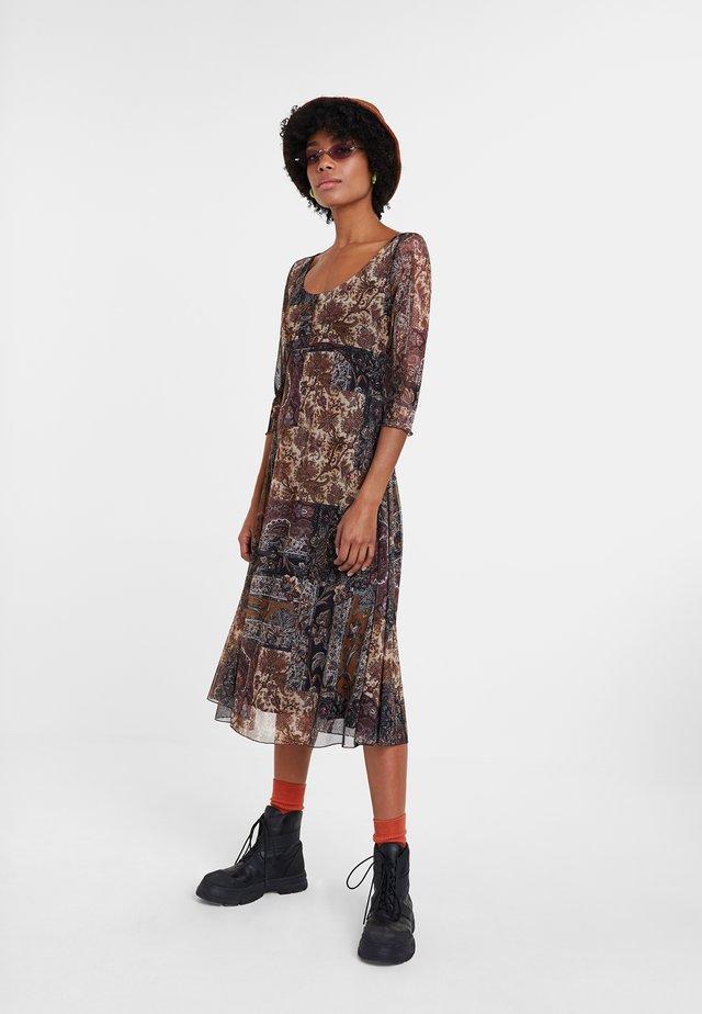 KERALA - Sukienka letnia - brown