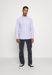 Scotch & Soda - LIGHTWEIGHT STRIPED SHIRT - Shirt - purple/white - 1