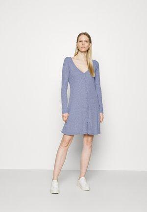 TRIBLEND BUTTON FRONT FLAIR DRESS - Jerseykjole - new zephyr